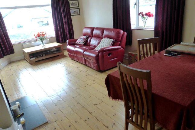 Thumbnail Bungalow to rent in Glebe Avenue, Saltash
