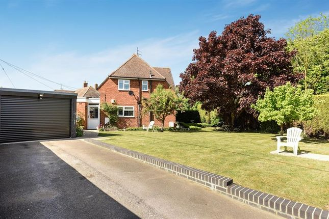 3 bed property for sale in Saxons Heath, Long Wittenham, Abingdon