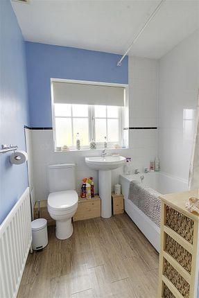 Bathroom of Woburn Close, Market Deeping, Peterborough PE6