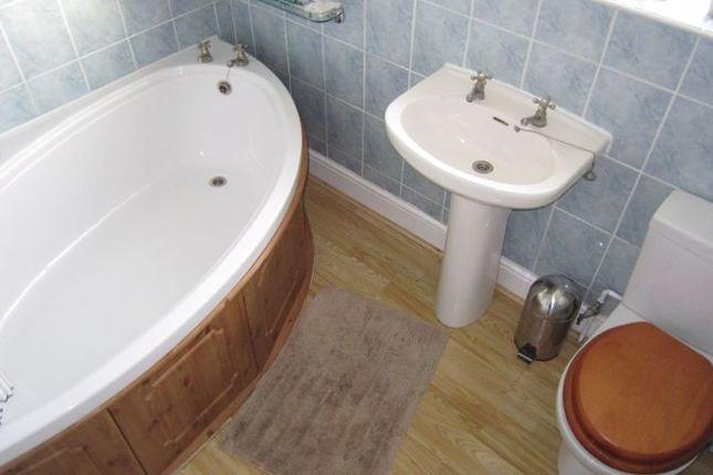 Family Bathroom of Alandale Avenue, Eastern Green, Coventry CV5