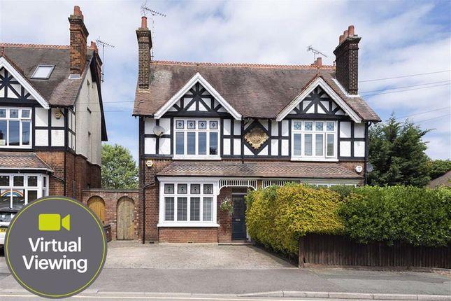 Thumbnail Semi-detached house for sale in Rosebery Avenue, Linslade, Leighton Buzzard