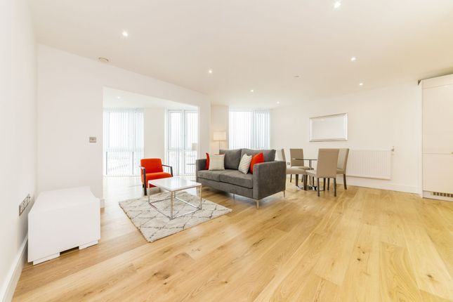 2 bed flat to rent in Sky View Tower, 12 High Street, London, Stratford E15