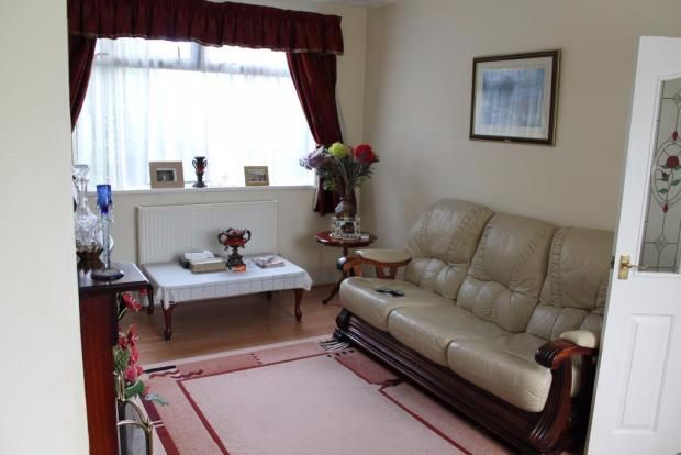 Thumbnail Shared accommodation to rent in Arbourthorne Road, Sheffield