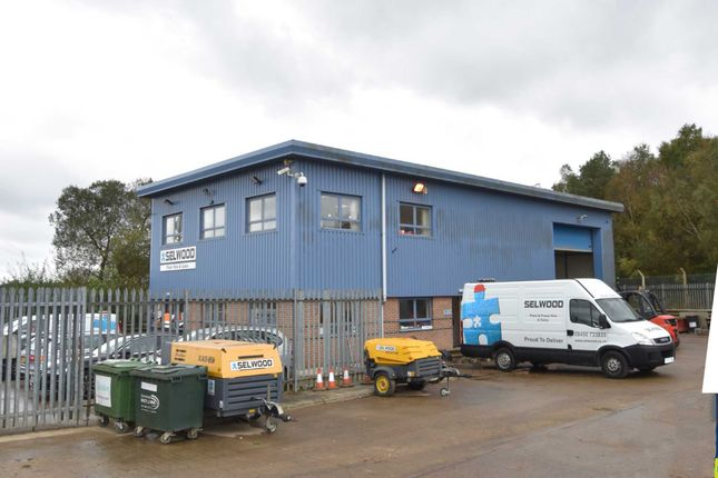 Thumbnail Industrial to let in Old Barn Farm Road, Wimborne