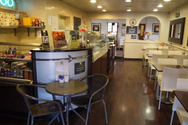 Restaurant/cafe for sale in Cafe & Sandwich Bars S73, Wombwell, South Yorkshire