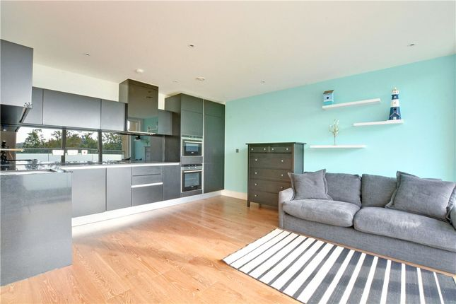 Thumbnail Flat to rent in Wallace Court, 40 Tizzard Grove, London