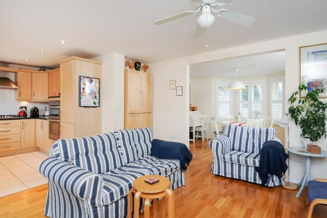Thumbnail Semi-detached house for sale in London Road, Chipping Norton