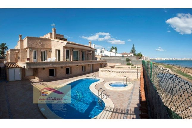 6 bed villa for sale in Torrevieja, Torrevieja, Torrevieja
