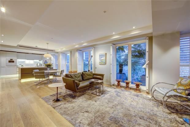 Thumbnail Property for sale in Essex Street, Temple