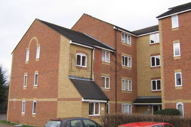 Thumbnail Flat to rent in Burket Close, Norwood Green