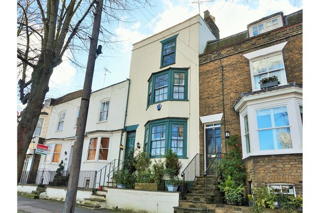 Thumbnail Property for sale in New Road, Chatham