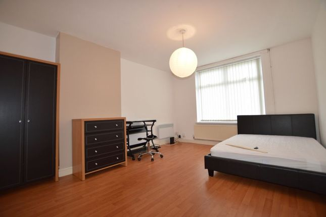 Thumbnail Detached house to rent in Great Arler Road, Knighton Fields