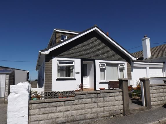 Thumbnail Bungalow for sale in Illogan Highway, Redruth, Cornwall