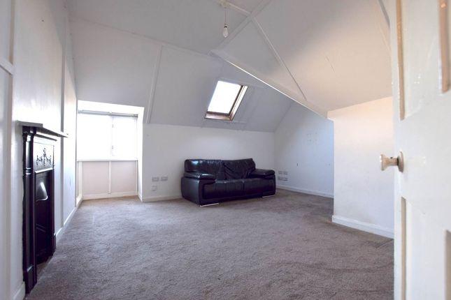 Thumbnail Flat to rent in Aberystwyth Golf Club, Bryn Y Mor Road, Aberystwyth
