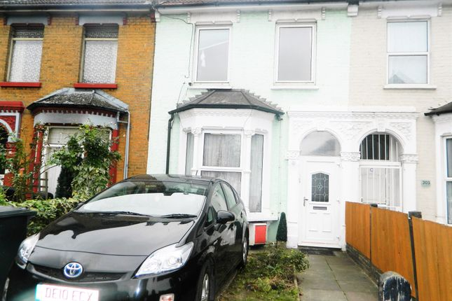 2 bed duplex to rent in Westgreen Road, London