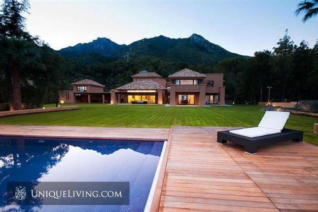 Thumbnail Villa for sale in Golden Mile, Marbella, Costa Del Sol