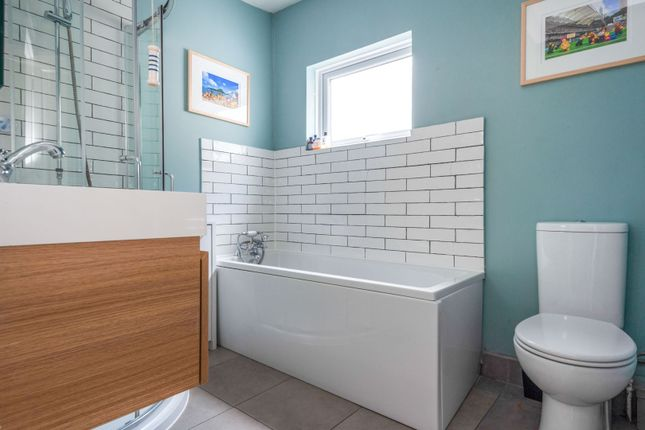 Bathroom of Stodart Road, Anerley SE20