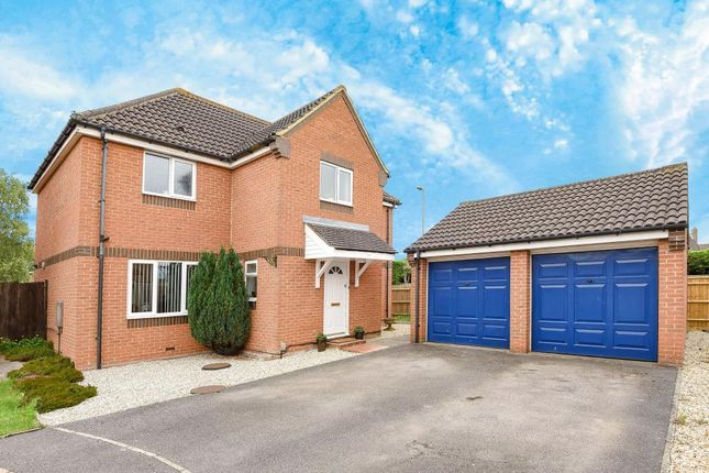 Thumbnail Detached house for sale in Churchward Close, Wantage