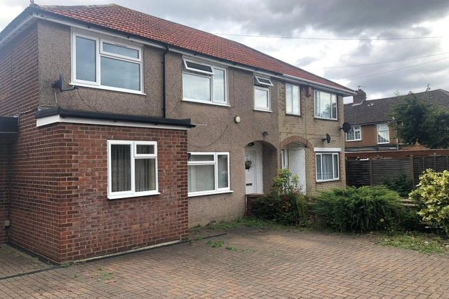 Thumbnail Maisonette to rent in Findhorn Avenue, Hayes, Greater London