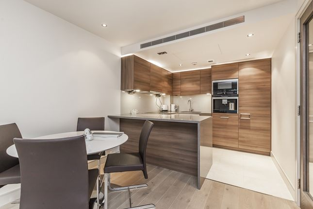 Thumbnail Flat to rent in Park Street, London