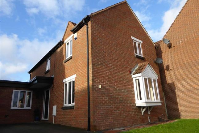 4 bed detached house for sale in Launce Grove, Heathcote, Warwick