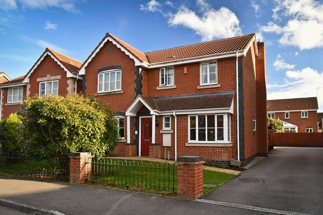 Thumbnail Detached house for sale in Honeysuckle Close, Calne