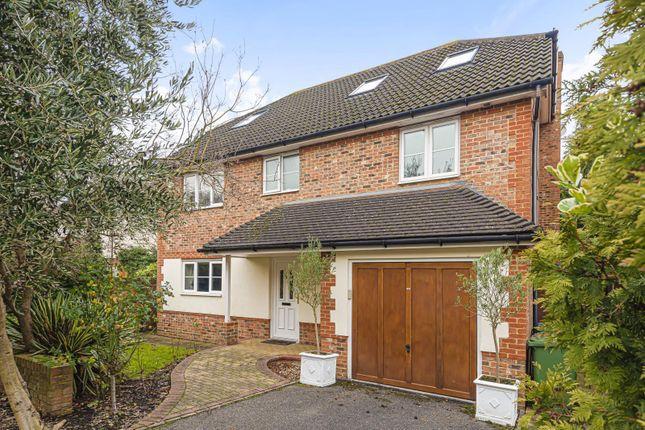 Thumbnail Detached house for sale in Scott Farm Close, Thames Ditton