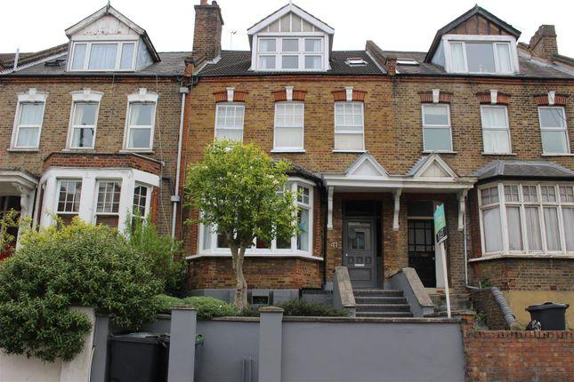 Thumbnail Flat for sale in Park Avenue, London