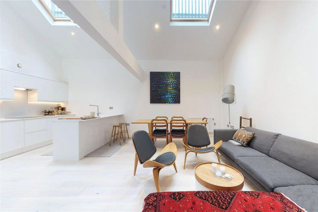 Thumbnail Flat for sale in 294 St James' Road, Bermondsey, London