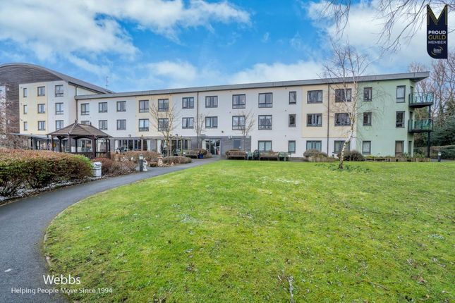 2 bed flat for sale in High Street, Brownhills, Walsall WS8