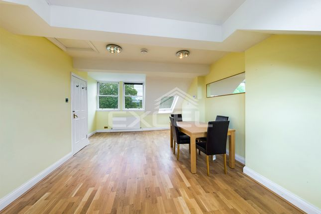 Thumbnail 3 bed flat for sale in Savernake Road, Hampstead, London