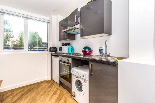 1 bed flat for sale in Enterprise House, Isambard Brunel Road, Portsmouth PO1