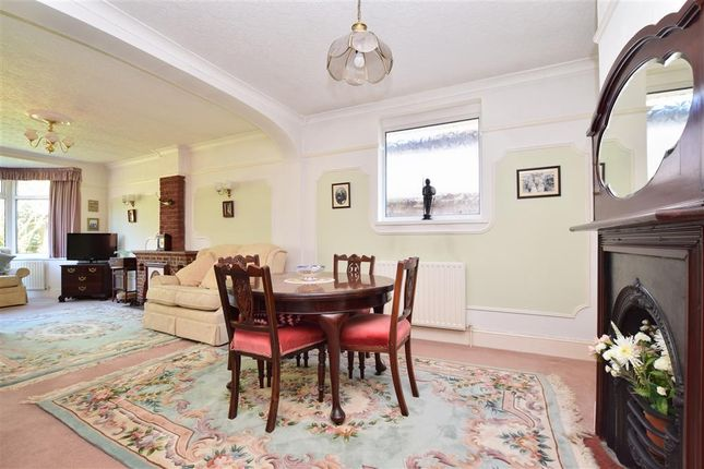 Dining Area of Parkhurst Road, Horley, Surrey RH6