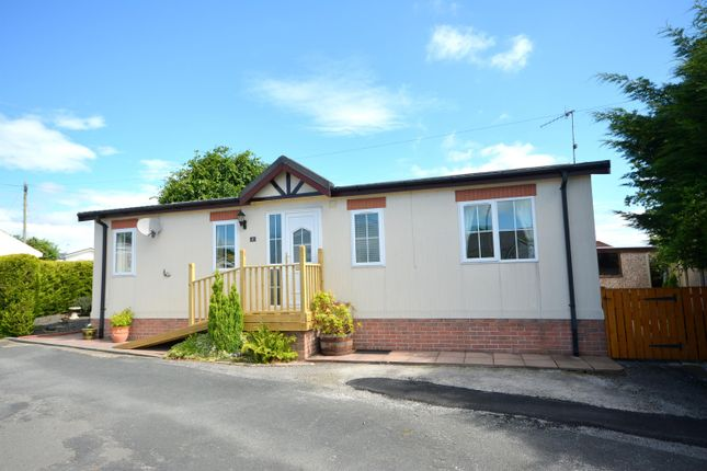 Thumbnail Mobile/park home for sale in Millfield Park, Old Tupton, Chesterfield