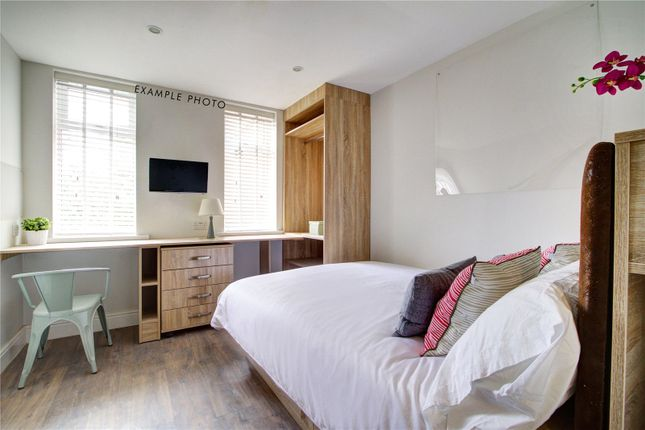 Thumbnail Flat to rent in Flat 5, 42 Bankfield Road, Huddersfield