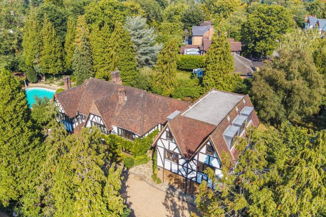 Thumbnail Detached house for sale in Silverdale Ave, Ashley Park, Walton On Thames
