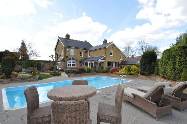 Thumbnail Detached house for sale in Gravel Lane, Chigwell