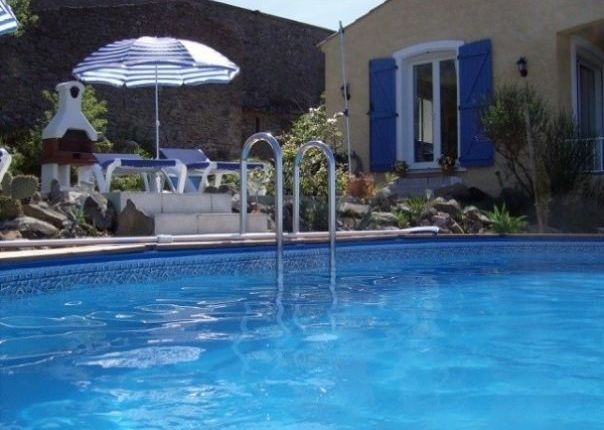 5 bed villa for sale in Olonzac, Languedoc-Roussillon, 34210, France