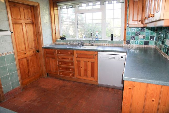 Kitchen of 2 Marlborough Crescent, Falmouth TR11