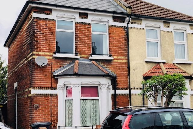 Thumbnail Semi-detached house to rent in Northcote Road, Croydon