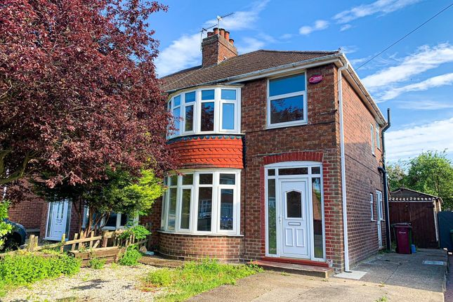 Thumbnail Semi-detached house to rent in Newland Drive, Scunthorpe
