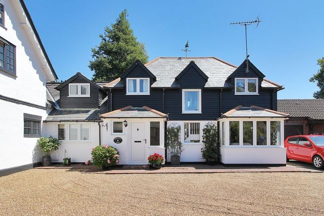 Thumbnail Property for sale in Sunnyhill Close, Crawley Down, West Sussex