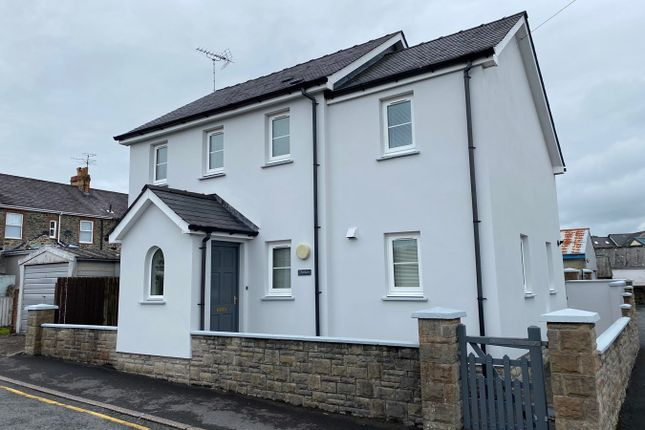 Thumbnail Detached house for sale in Cambrian Road, Lampeter