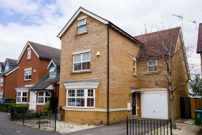 4 bed detached house for sale in Tamarisk Way, Weston Turville, Aylesbury HP22