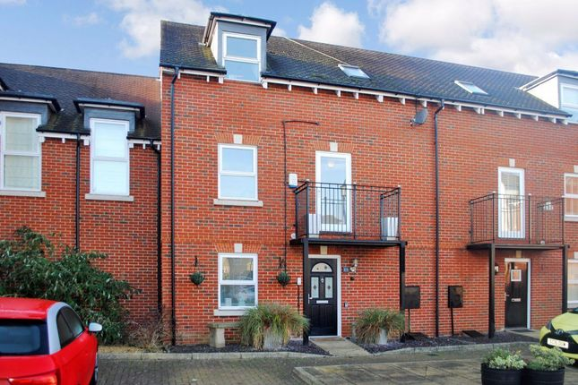 Thumbnail Terraced house to rent in Cavell Drive, Bishops Stortford, Hertfordshire