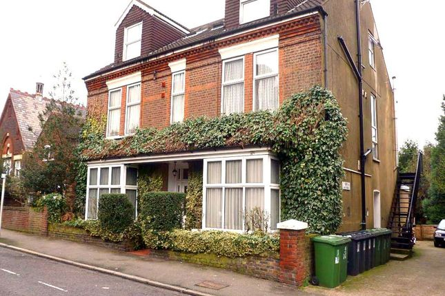 Flat to rent in Derby Road, Watford, Hertfordshire