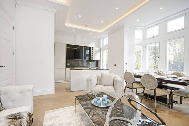 Thumbnail Flat for sale in Palace Court, Notting Hill