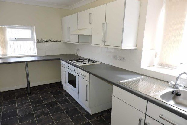 3 bed property to rent in St. Teilo Street, Swansea SA4