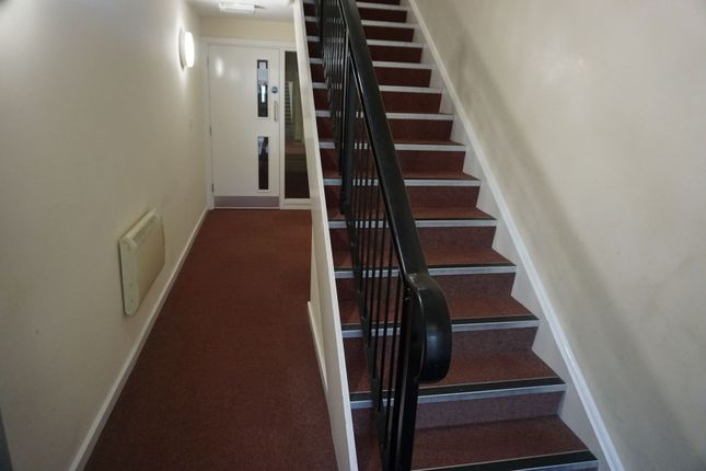 Entrance Hall of 998 Lincoln Road, Peterborough PE4