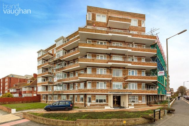 2 bed flat for sale in Viceroy Lodge, Kingsway, Hove BN3